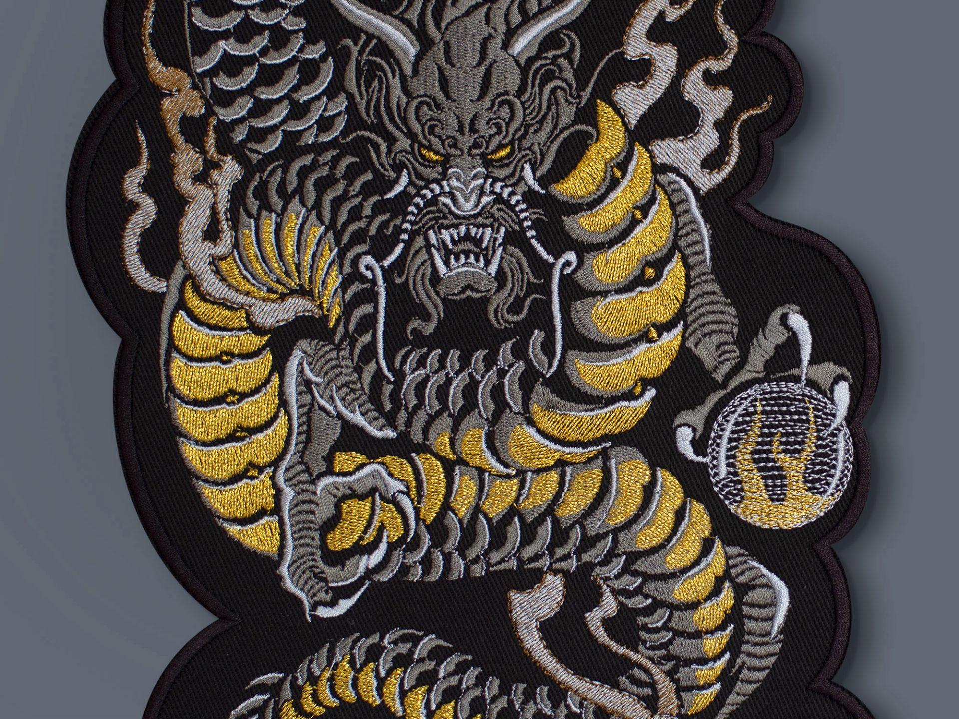 dragon_Lsize_gold_graphicine_shop_2