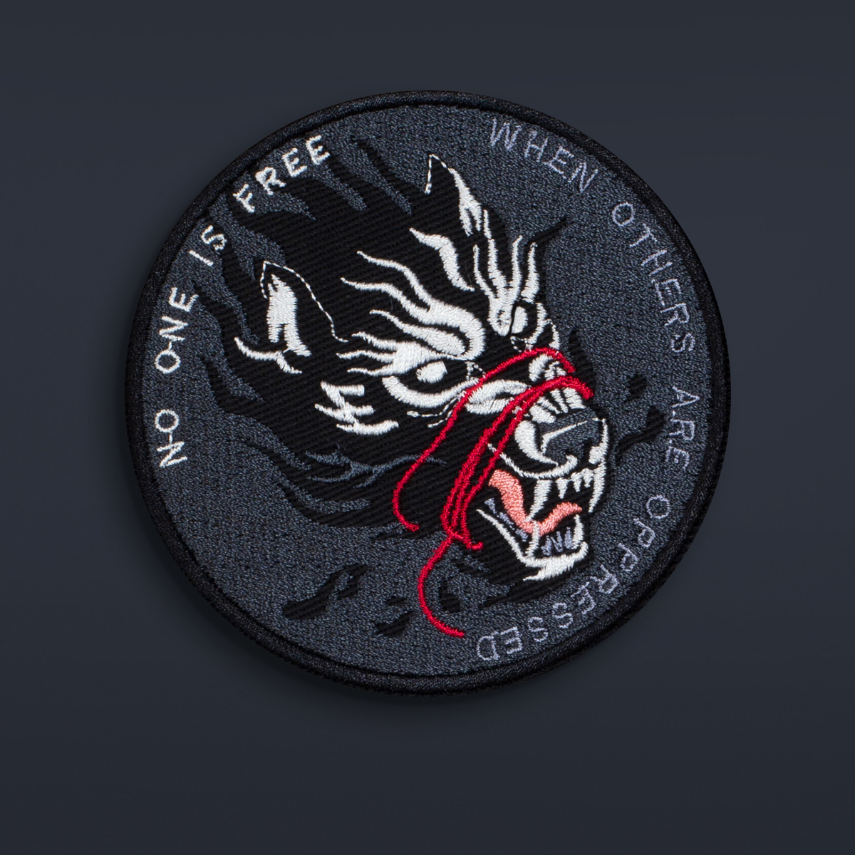 wolf_graphicine_shop_embroidery_patch